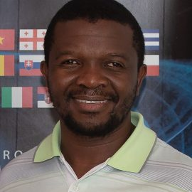 Dr Mlungisi Nkosi